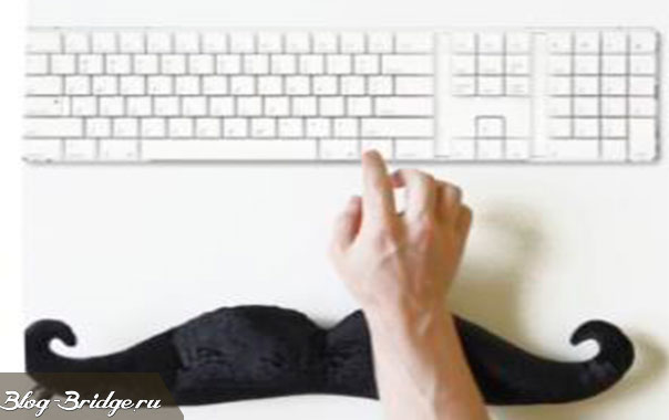 рука-с-клавиатурой